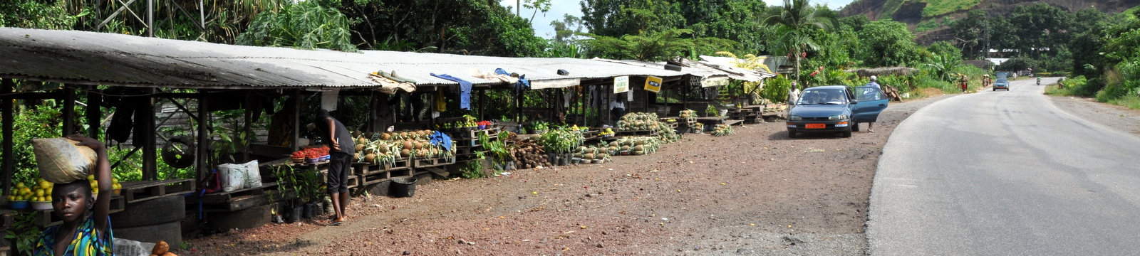 Cameroon_Food_Stalls